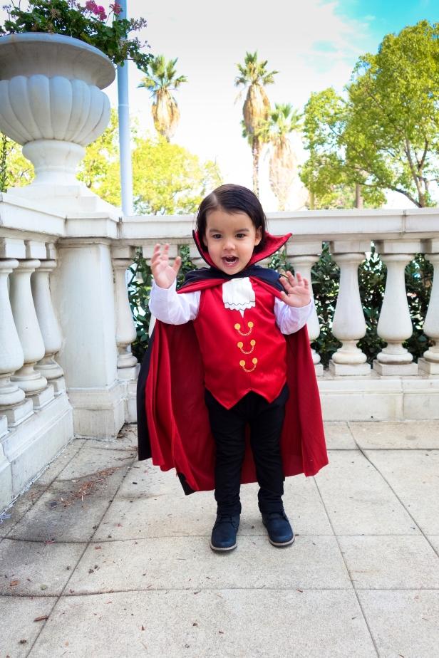 Dracula (3 of 10).jpg