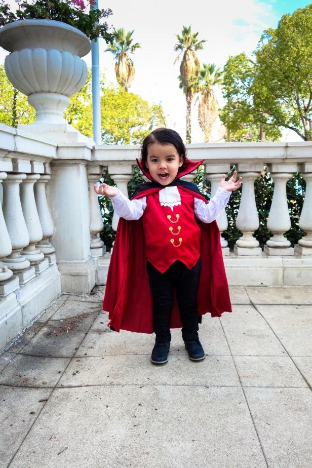 Dracula (4 of 10).jpg