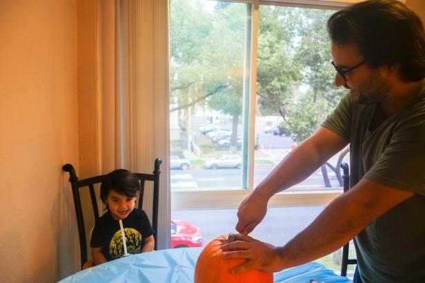 pumpkin carving (1 of 9).jpg