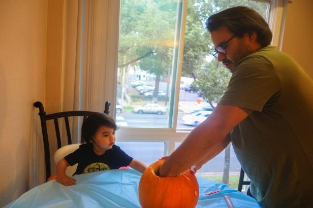 pumpkin carving (2 of 9).jpg