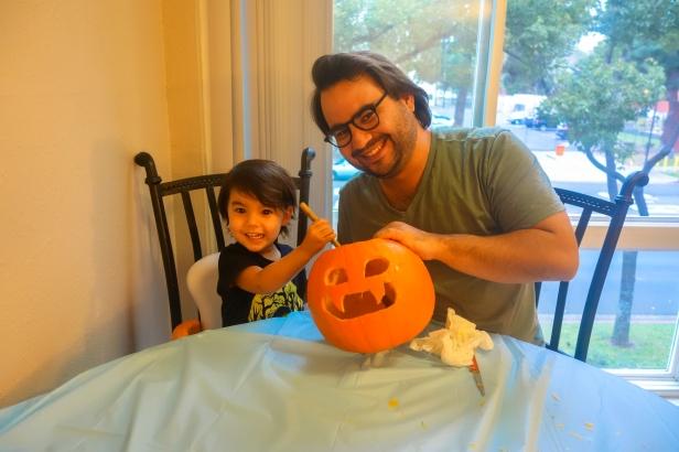 pumpkin carving (5 of 9).jpg