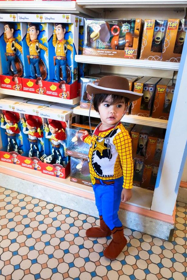 Woody (4 of 6).jpg